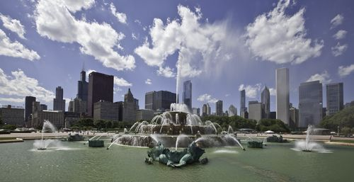 Chicago-AttractionsCR_BuckinghamFountain